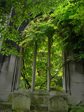 Saint Dunstan in the East Church Garden