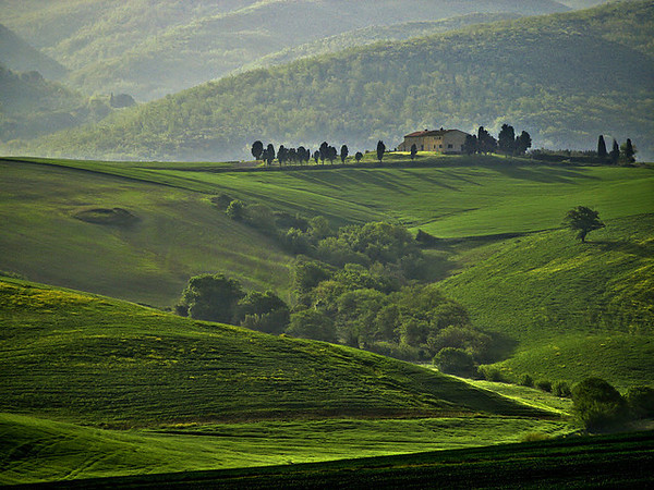 Tuscany: Fantastic Wine is Only the Beginning